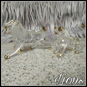 Other - Beautiful solid glass 18k gold trimmed lions